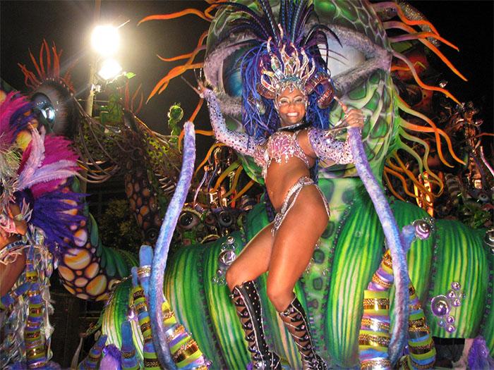 Samba no pe performed at Brazilian Carnival