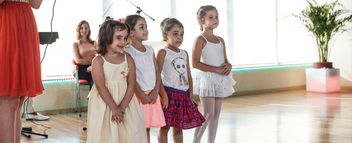 Little kids dancing in studio