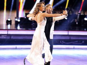 dancing-with-the-stars-33