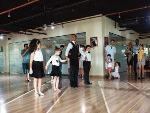 dubai-gala-evening-kids-dance-015