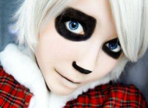 female-kid-halloween-makeup