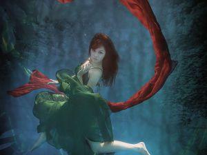 underwater-dance-15