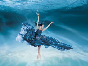 underwater-dance-18