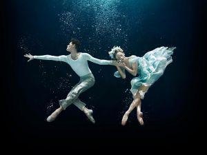 underwater-dance-51